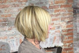Haircut and Hairstyle Advice For Mature Women